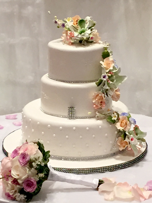 RUSTIC BAKERY CAKES FEATURE